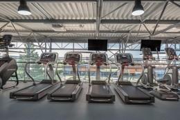 dvojpodlazne fitness centrum 7